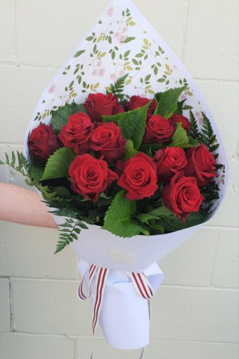 A Dozen Rose Bouquet